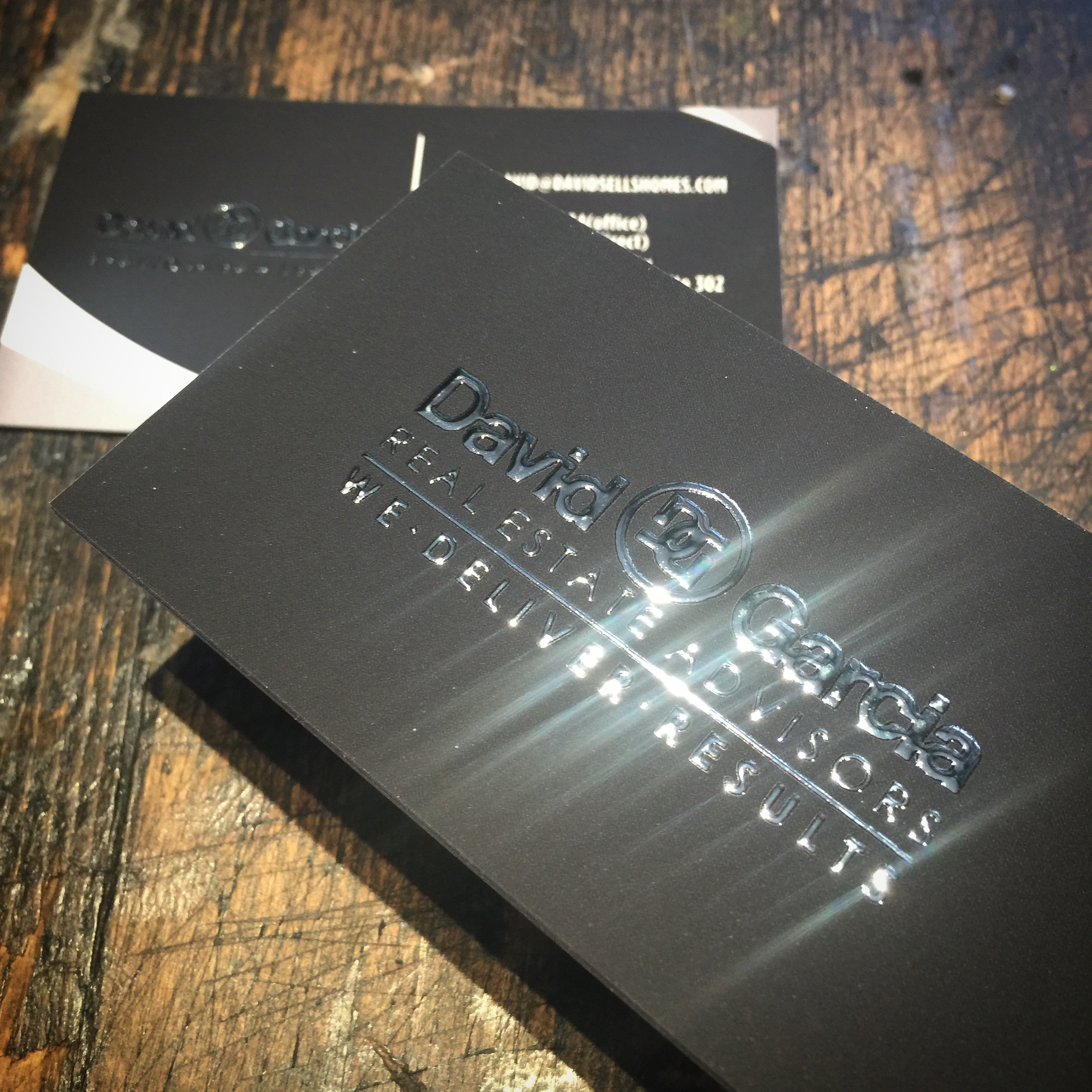 Raised foil business cards silver foil premiumcards colourmoves